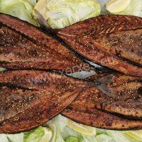 Makrela půlená uzená s kořením